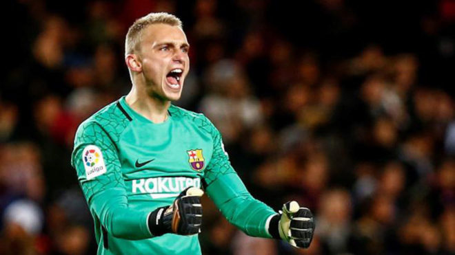 NEW: Liverpool Enquire for Barcelona Goalkeeper